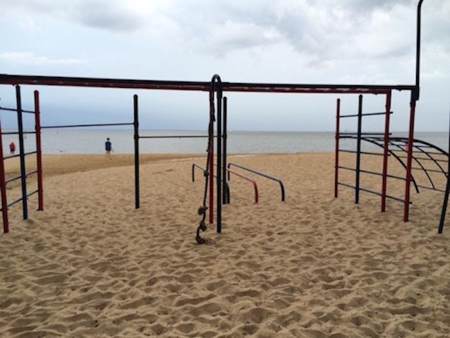 beach playground, beach vacation, family vacation, Fairhope, Alabama, Rhonda Franz, Captain Mom, Saturday Session