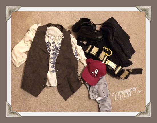 What to put in a costume box for boys, simple Halloween costumes